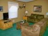 cabin9_living1-jpg