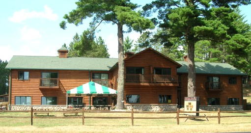 St. Germain Wisconsin vacation cabin and lodging rentals and restaurant at Fibbers Resort and Restaurant Wisconsin family vacations.